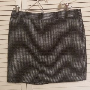Gap black and white mini skirt. Back zip